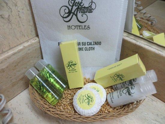 Hotel Jose Antonio Cusco : High end toiletries