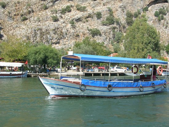 Club Alla Turca: River boat in Dalyan