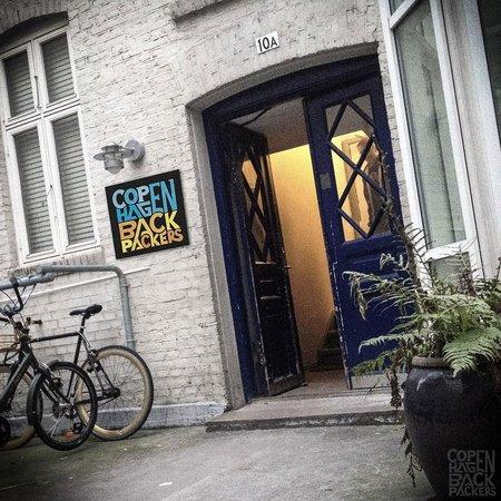 Copenhagen Backpackers: The entrance
