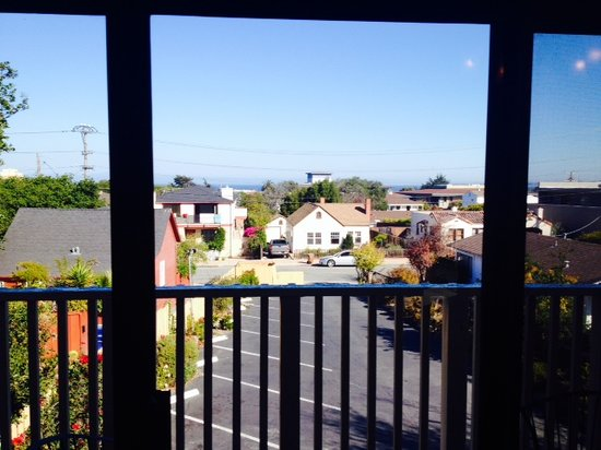 Inn By The Bay Monterey: view of city and bay