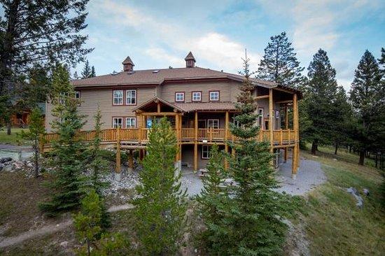 HI-Banff Alpine Centre: Mary Belle Building