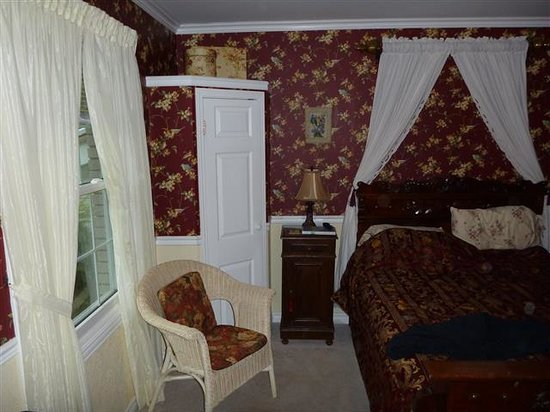 Abacot Hall Bed & Breakfast: Victorian Room