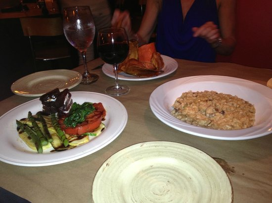Jackie's on Corey Bistro & Catering: A delicious table full