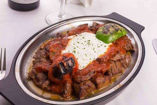 Istanbul Cafe: Shish Kebab with Yogurt