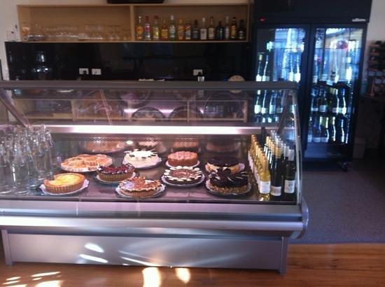 Richmond Food and Wine Centre : yummy desserts