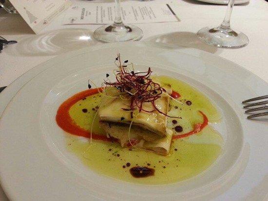 Restaurante El Vagon: Lasagna de temporada de otoño con verduritas y muselina de piquillos. Refrescante!