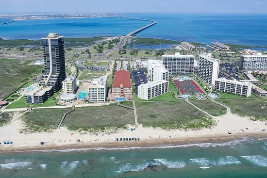 hotel aerial photo la copa inn beach hotel south padre. Black Bedroom Furniture Sets. Home Design Ideas