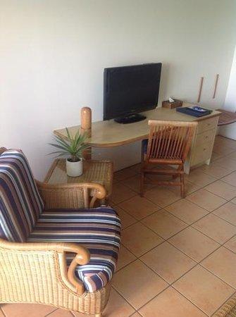 Coral Sea Resort: bayview spa suite. Very comfortable