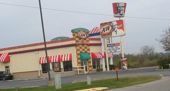 Taylorsville, IN: KFC and A & W