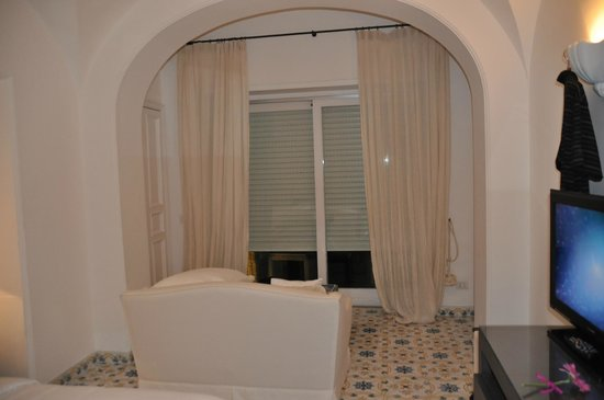 La Minerva: Room with great darkening shades