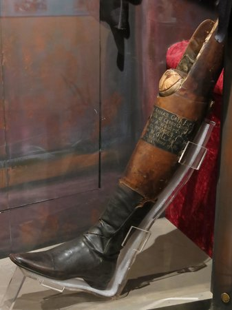 Illinois State Military Museum: Famous Santa Anna's wooden leg
