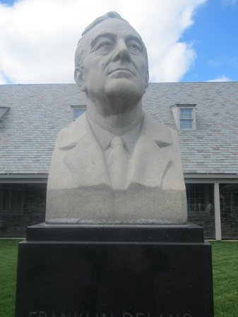 Franklin D. Roosevelt Presidential Library and Museum: FDR
