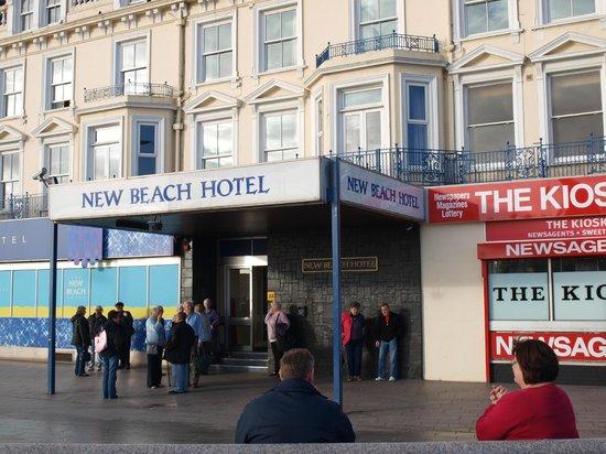 The New Beach Hotel: New Beach coach tourers