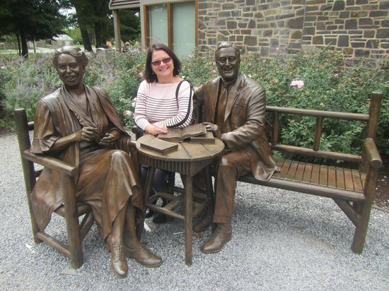 Franklin D. Roosevelt Presidential Library and Museum: solving the problems of the world with Eleanor and FDR