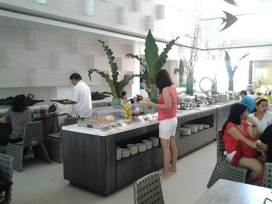 Astoria Boracay: Buffet lunch...