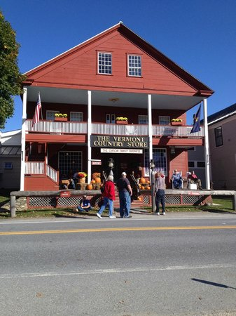 Vermont Country Store: Outside