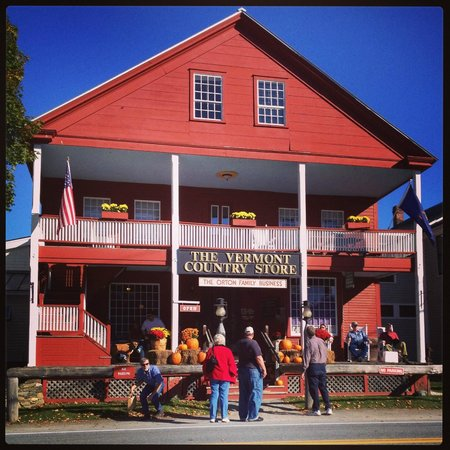 Vermont Country Store: Store front