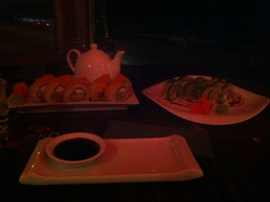 Nikko Seafood and Sushi: Roll niko y roll sexy