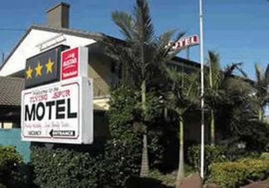 Avoid this motel review of flying spur motel toowoomba for Beds r us toowoomba