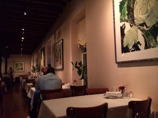 Magnolias: das sehr schöne Restaurant zu späterer Stunde schon etwas leerer