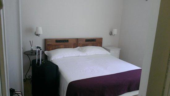 Amaranto Romano: Bedroom - Very large