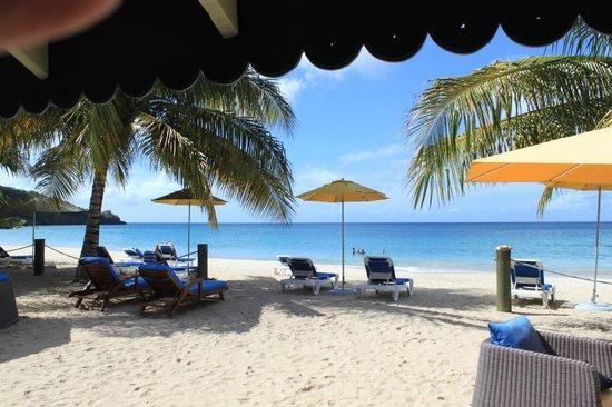 Mount Cinnamon Resort & Beach Club : View from the Beach Cabana area