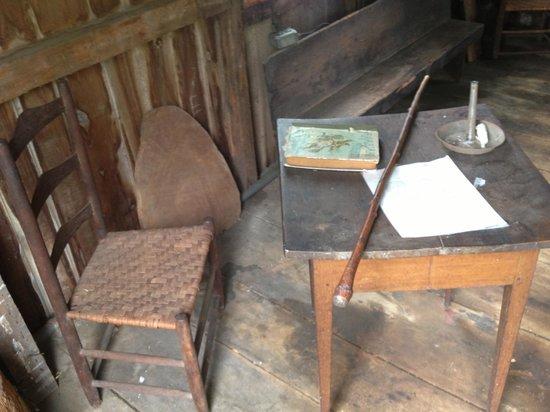 G. W. Henderson Plantation - Henderson Hall: Teacher's desk in schoolhouse