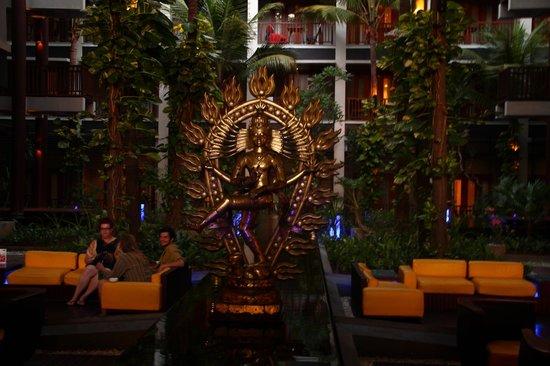 Mercure Kuta Bali: lobby