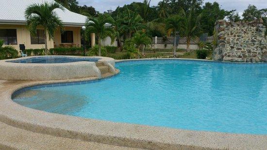 Bohol Sunside Resort: Pool