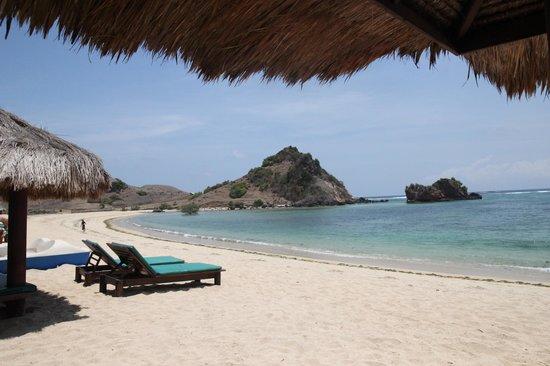 Novotel Lombok: beach