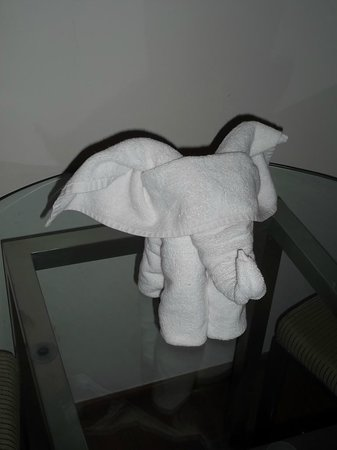 Marigold By Greenpark: towel art! :-)
