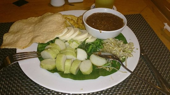 Hotel Menara Peninsula: Gado Gado in the restaurant in the ground floor