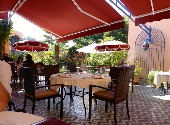 Villa Mandarine : Lunch terrace
