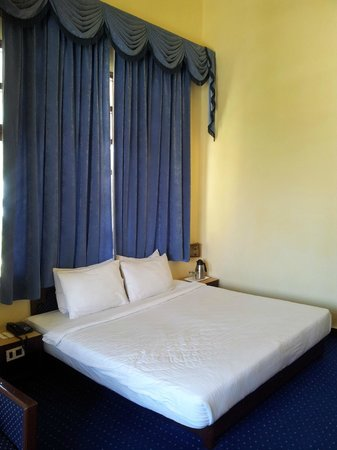 Manali - White Mist, A Sterling Holidays Resort: our room