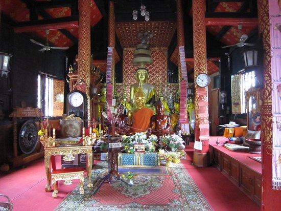 Wat Muen Nguen Kong : 4-'13.9仏像