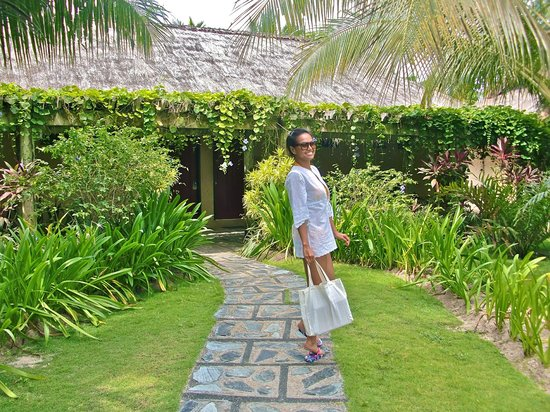 Bohol Beach Club: Garden View Room