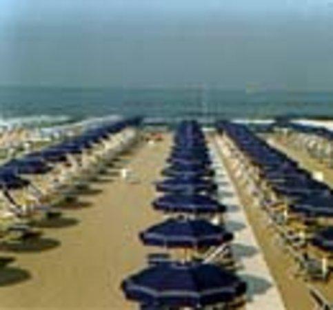 Bagno Ninetta: Spiaggia