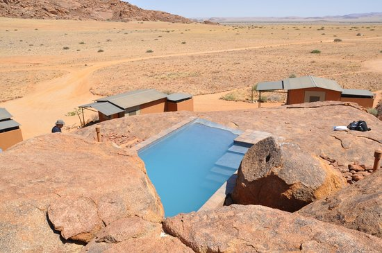 Namib Naukluft Lodge: Campsite mit Pool