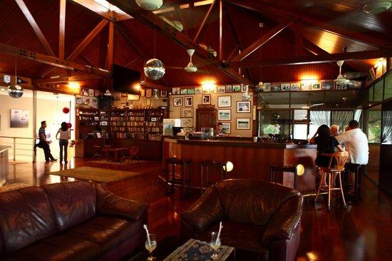Langkah Syabas Beach Resort: restaurant