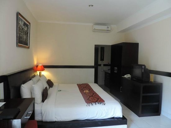 Legian Guest House: Room
