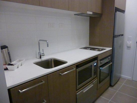 Oaks On William : kitchenette