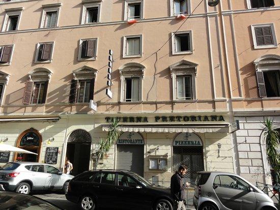 Taverna Pretoriana: View to the restaurant