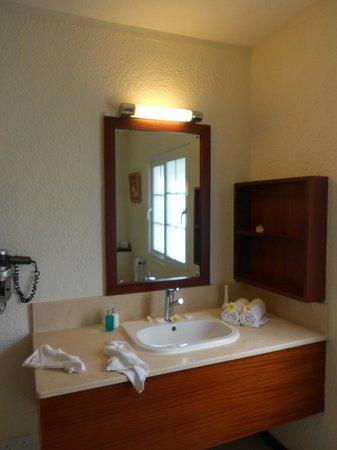 Calodyne Hotel: Salle de bains