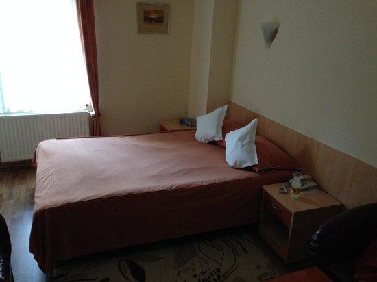 Marami Hotel: small bed (double)