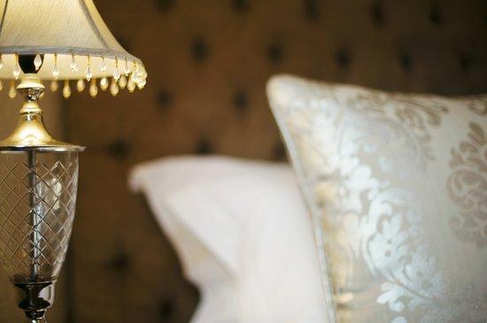 Roosenwijn Guest House: Bed Room 9