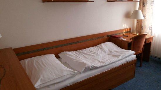 Hotel Ilf: Кровать на одного человека