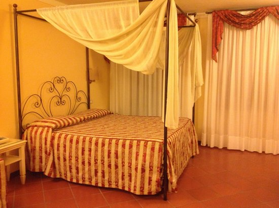 Hotel Leon Bianco: My Lovely Bed
