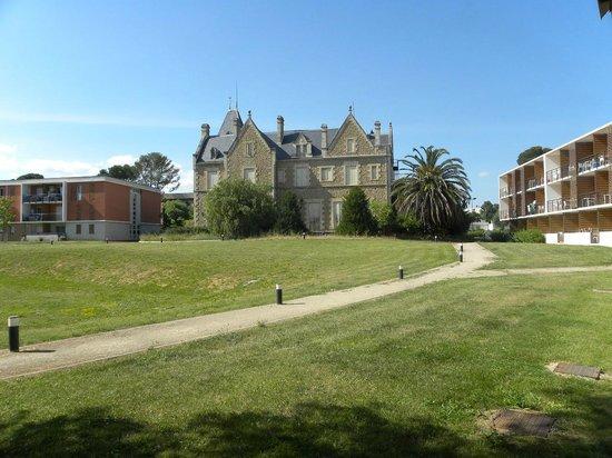 Le Fonserane : Chateau de fonserane