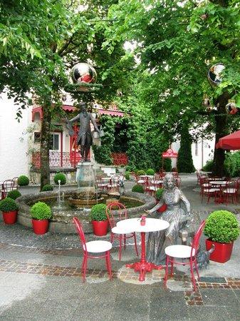 Café Reber: Cafe Reber летом