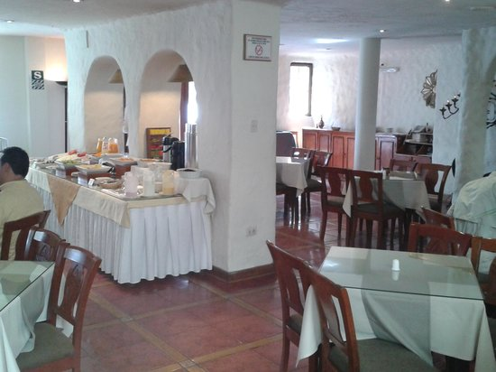 San Agustin International Hotel: le restaurant pour le petit dejeuner
